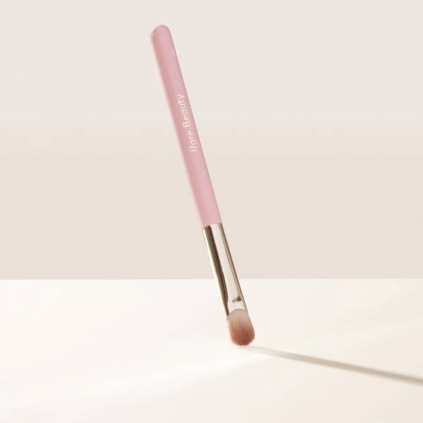 Stay Vulnerable All - Over Eyeshadow Brush Barchin Market